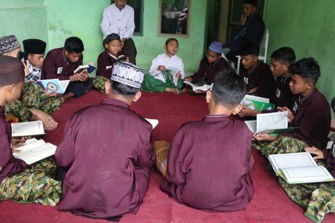 Santri Orangtua asuh Penghafal Quran Ibnu Sabil Sukabumi 3