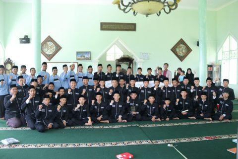 Santri Penghafal Quran AQC Megamendung 2
